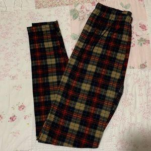 Pants - Take 50% off Plaid microfiber leggings